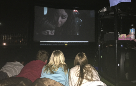 Senior events committee starts new tradition with Senior Movie Night