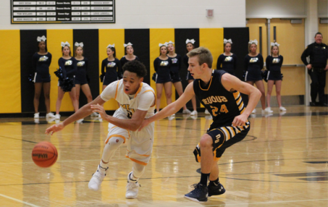Boys' basketball opens DVC play with an overtime thriller