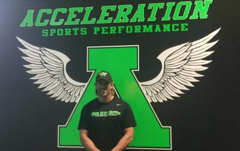 Former NFL player J.R. Niklos aims to inspire local athletes at Acceleration Sports