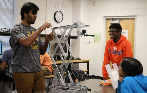 Robotics team qualifies for state in competition