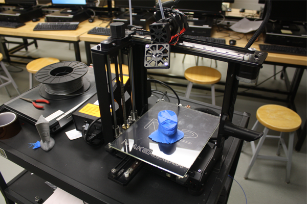 3-D printing paving students next step in technology