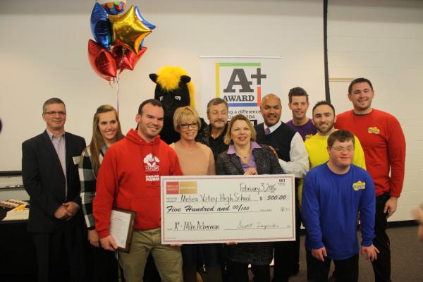 Special education teacher Michael Ackerman wins District 204 A+ Award