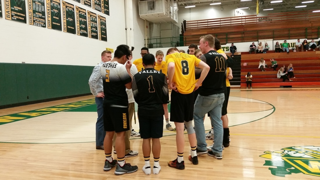 Boys volleyball serves up a win against Waubonsie