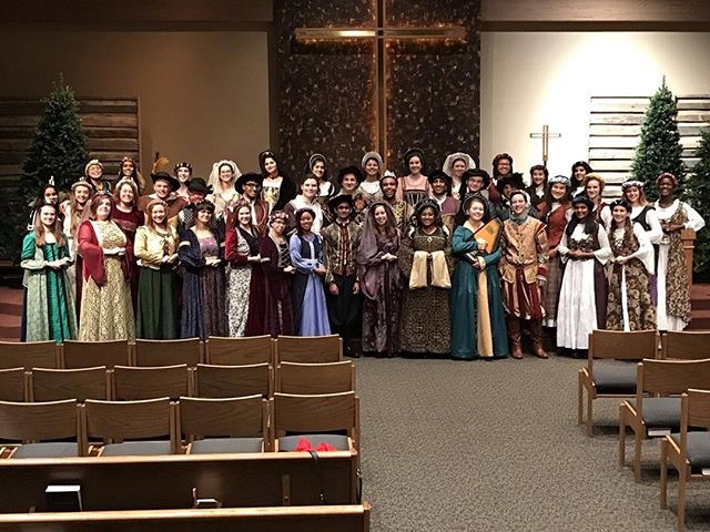 Madrigals hosts annual dinner theater production
