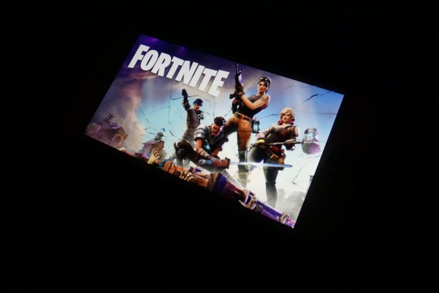 Fortnite%3A+The+latest+gaming+phenomenon+with+no+signs+of+diminishing