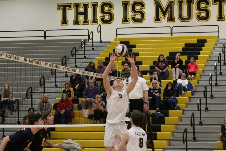 Boys%27+Volleyball+takes+conference+win+over+Neuqua