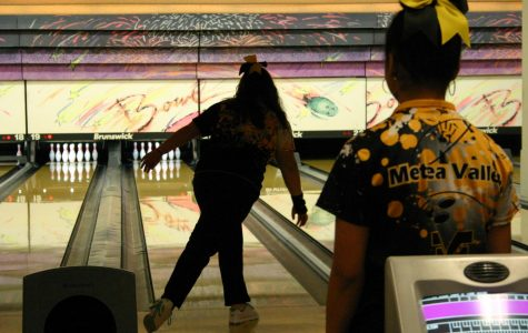 Varsity girls' bowling shows promise in match against Naperville North