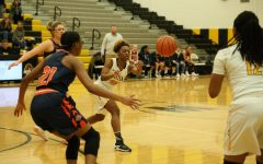 Girls' basketball comeback halts short of Oswego