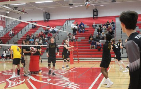 Boys' volleyball digs into a heart-racing game against Naperville Central