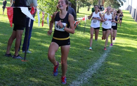 Girls' cross country shows energy at Hinsdale Central meet