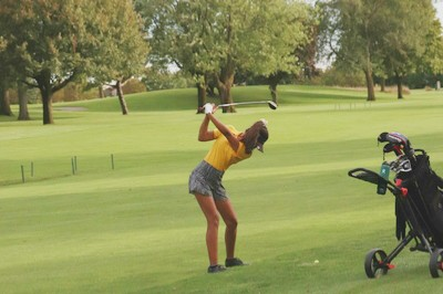 Girls' golf bring their game against Waubonsie