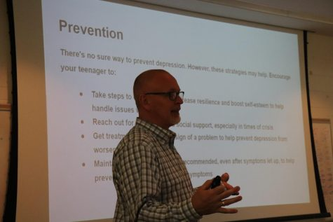 'Lunch and Learn' educates faculty on student mental health
