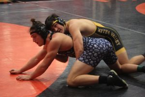 Boys' wrestling flickers a wake-up call at the Newbill Invite