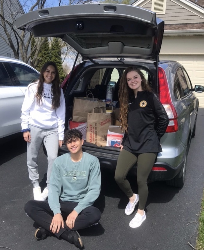 The+Mustangs+will+have+one+more+pick-up+day+next+Friday.+Donations+will+go+to+Edward+Hospital+in+Naperville.+Donors+should+fill+out+the+Google+Form+found+in+the+article.+