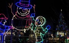 Local and safe light shows to visit during the holidays