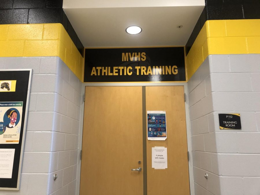 As+Metea+sports+resume%2C+athletic+trainers+have+made+adjustments+to+practices+and+created+new+protocols+to+keep+athletes+safe.+